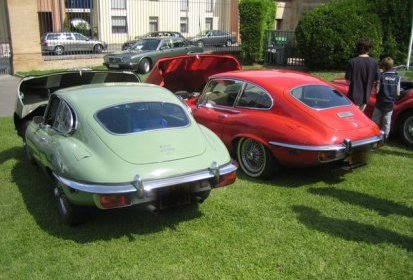 2 E-types : Coupé S2 & Coupé S3 V12